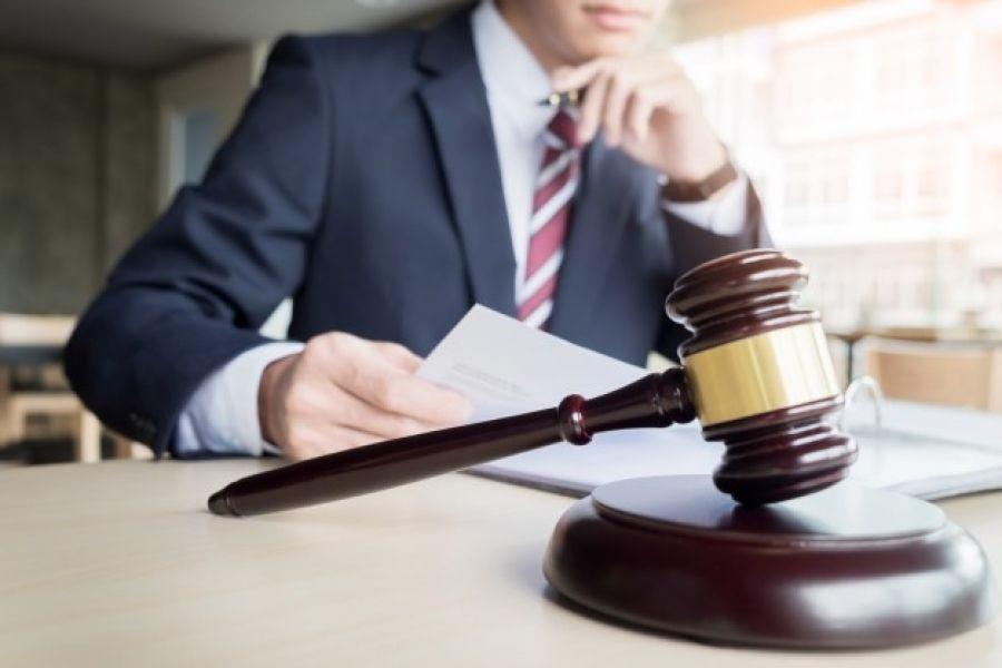 انواع وکیل دادگستری در نظام حقوقی ایران