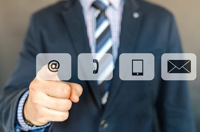 با بهترین وکیل کیفری مشاوره آنلاین بگیرید